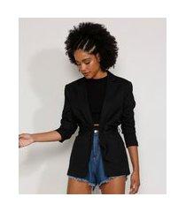 blazer feminino com bolsos e cinto preto