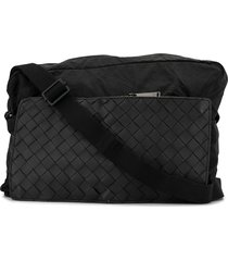 bottega veneta intrecciato weave pocket messenger bag - black