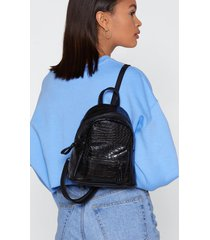 womens want day and night croc mini backpack - black