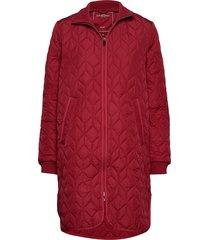 padded quilt coat doorgestikte jas rood ilse jacobsen