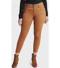 jeans camel pierna pitillo camel curvi