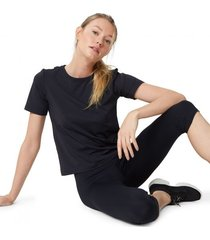 amaro feminino camiseta com detalhe costas, preto