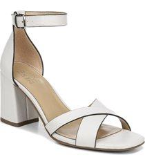 naturalizer maggie dress sandals women's shoes