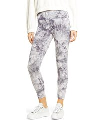 hue active tie dye skimmer performance leggings, size large in grey at nordstrom