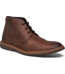 atticuslt mid desert boots snörskor brun clarks