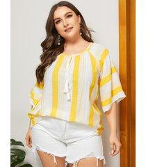 blusa de media manga a rayas amarillas con diseño de amarre extra grande