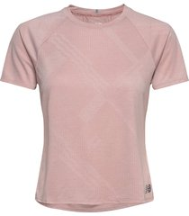 q speed fuel jacquard ss t-shirts & tops short-sleeved rosa new balance