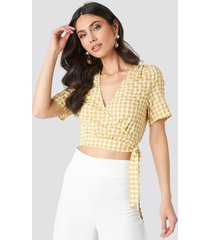na-kd checked overlap blouse - yellow
