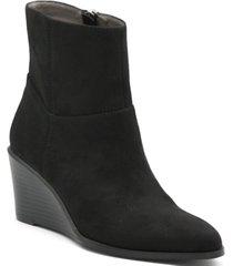 adrienne vittadini women's vito wedge booties women's shoes
