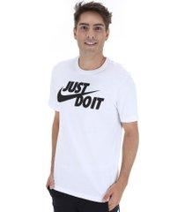 camiseta nike sportswear just do it - masculina - branco