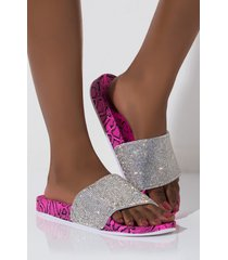 akira cape robbin step it up a notch diamond flat sandal