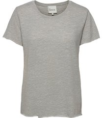 09 the otee t-shirts & tops short-sleeved grå my essential wardrobe