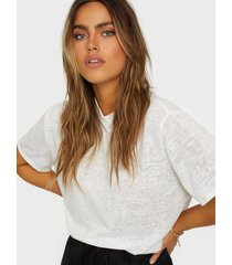 nly trend light touch tee t-shirts