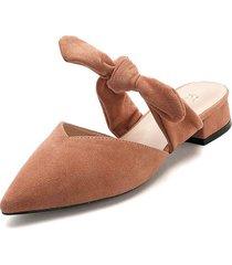 zapato tipo slipper de tacón bajo y ancho en durazno - laila - frankie