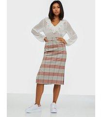 selected femme slfzoe hw midi pencil skirt b midikjolar