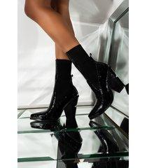 akira azalea wang payday cash out chunky heel bootie in black crocc