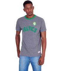 camiseta mitchell & ness estampada boston celtics cinza - cinza - masculino - dafiti