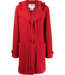 chanel pre-owned 2006 toggle fastening hooded coat - red