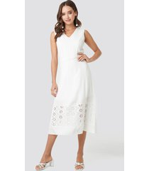 trendyol embroidery detail midi dress - white