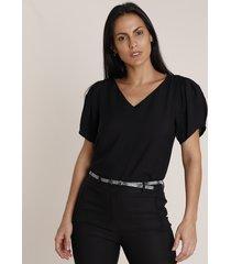 blusa feminina texturizada manga bufante decote v preta