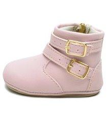 botinha belle comfort style detalhe fivela rosa bebê