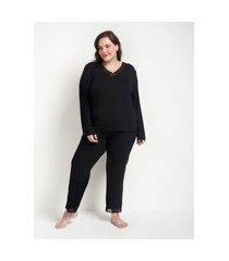 pijama blusa manga longa e calça com detalhes em renda curve & plus size | ashua curve e plus size | preto | g