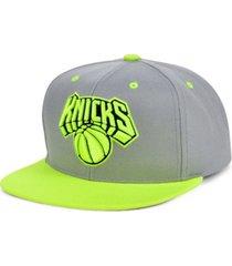 mitchell & ness new york knicks volt snapback cap