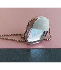 geometryczny naszyjnik z żywicy z lustrem