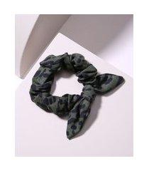 elástico de cabelo scrunchie estampado animal print com nó verde militar