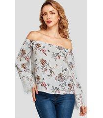 yoins blusa blanca con aplique de encaje y hombros descubiertos con estampado floral