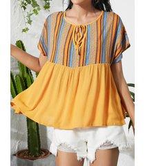 blusa de cuello redondo con diseño de patchwork a rayas amarillas
