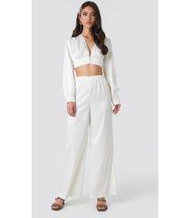 na-kd party wide leg satin trousers - white