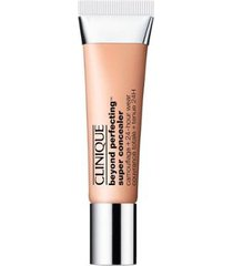 corretivo beyond perfecting? super concealer camouflage + 24-hour wear clinique moderately fair 10