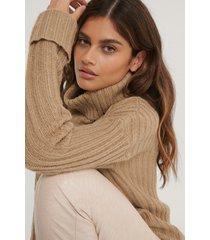na-kd ribbstickad tröja med polokrage - beige