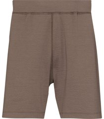reigning champ textured logo patch track shorts - brown