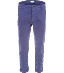 closed brad pitt trousers