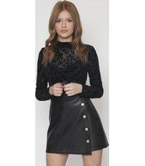falda de ecocuero negra y botones 609seisceronueve