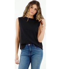 camiseta de mujer, cuello redondo, manga sisa, color negro