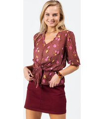 maddyn floral front knot blouse - mauve
