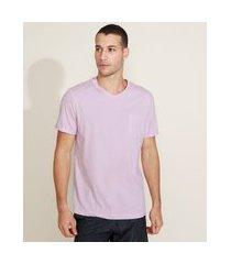 camiseta masculina básica com bolso gola careca gola v rosa claro