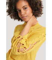 na-kd stickad tröja med spetsdetalj - yellow