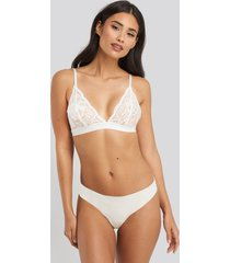 na-kd lingerie cheeky lace back micro panty - white