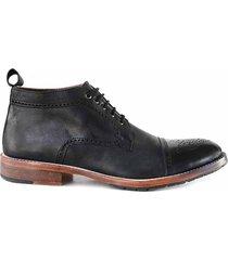zapato negro briganti percy