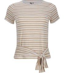 camiseta con nudo en frente color beige, talla 8