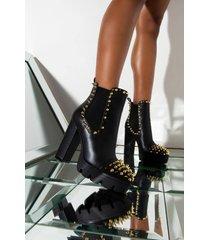 akira cape robbin jagged chunky heel platform bootie