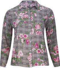 camisa estampada flores y cuadros color rosado, talla 18