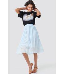 na-kd midi pleated skirt - blue