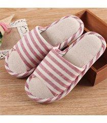 pantofole a righe