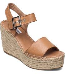 yunity sandal sandalette med klack espadrilles brun steve madden