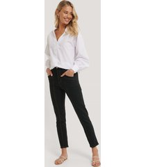 trendyol mom-jeans med hög midja - black